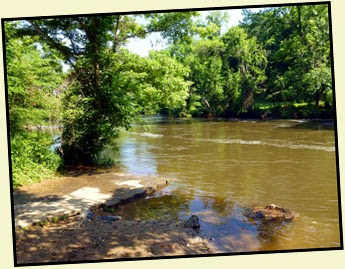 01e - Upper Neuse River Greenway - River Views