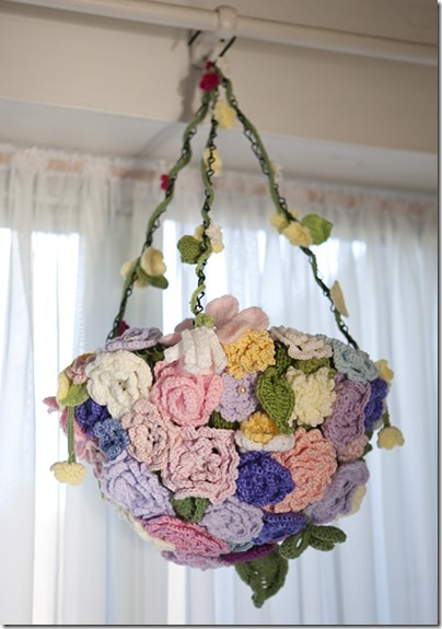Crochet flowers basket_1