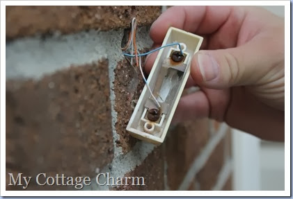 my cottage charm how to change your doorbell button rh mycottagecharm com wiring diagram for 2 button doorbell NuTone Doorbell Wiring One-Button Single Door