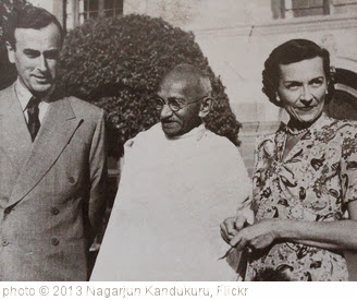 'Gandhi with Lord and Edwina Mountbatten' photo (c) 2013, Nagarjun Kandukuru - license: http://creativecommons.org/licenses/by/2.0/