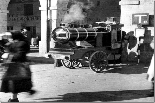 Mquina de pipas en los soportales de San Antonio-Luis Cortes-