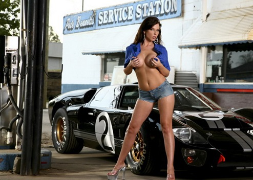 hot_women_and_cars_10