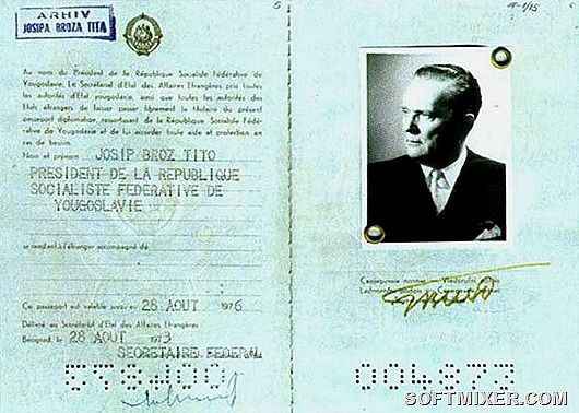 01-tito-passport