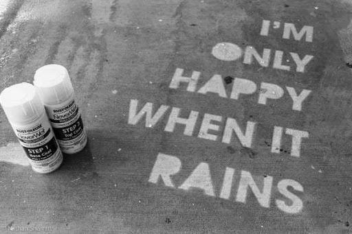 Yağmurları Seven Sokaklar