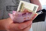 billetes%20mexicanos%20en%20mano_2