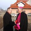 Ordynariusz Tarnowski w nowym kościele w Gnojniku
