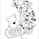 winnie-christmas-08.jpg