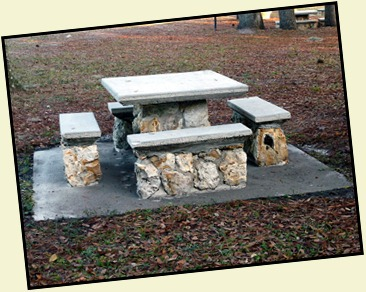 06c - State Park - Picnic Table