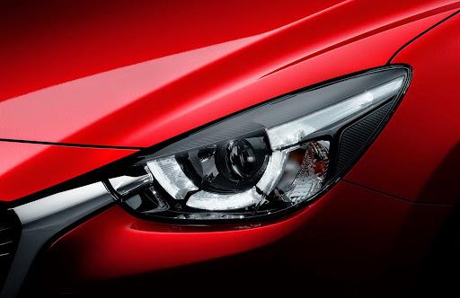2015-Mazda2-Demio-27.jpg