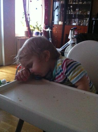Oskar sover