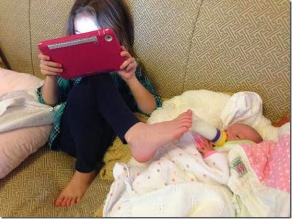 people-multitasking-078