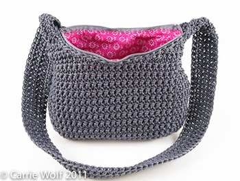 _Carrie-Wolf-how-to-insert-zipper-line-lining-crochet-purse-tutorial-modernneedlepoint-9269