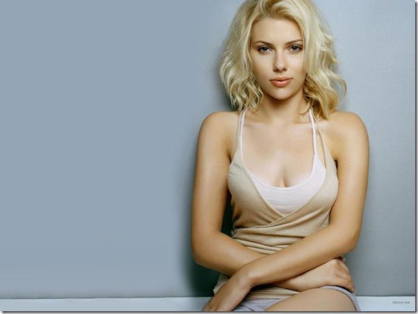 Scarlett Johansson (42)