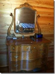 vaughn dresser