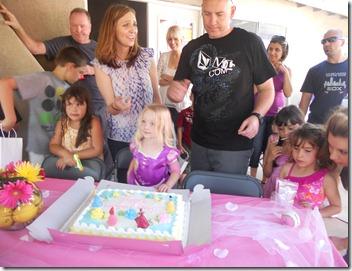 05-28-11 Katelyn's 3rd Birthday Party (34)