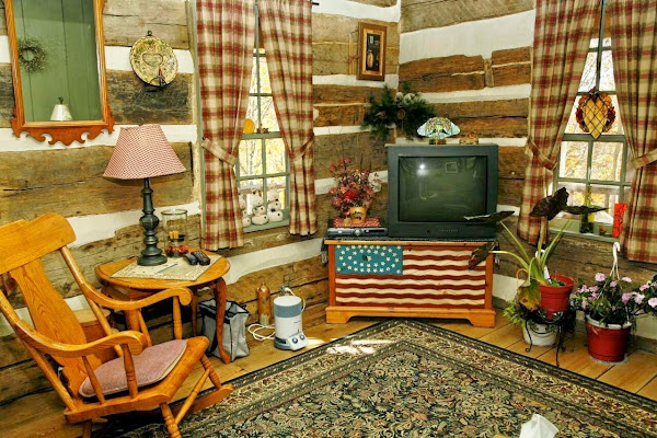 LogHomeLivingRoom Log Home Living