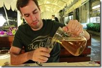 Hummmm, uma cervejinha pra brindar nossa estadia em Veneza!