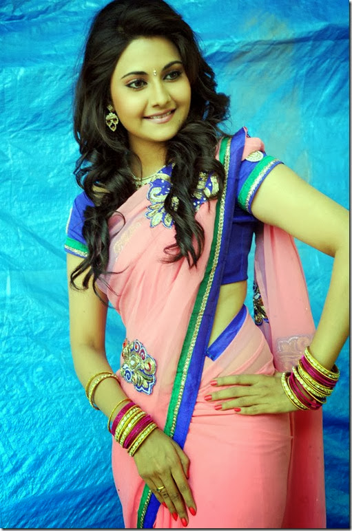 nandagi_gorgeous_still