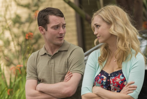 WILFRED: Episode 6: Delusion (Airs Thursday, July 18, 10:00 pm e/p). Pictured: (L-R) Elijah Wood as Ryan, Fiona Gubelmann as Jenna. CR: Prashant Gupta/FX