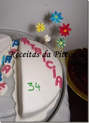 Bolo de aniversário para dois II- ela