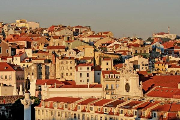 Viajar a Lisboa Tejados