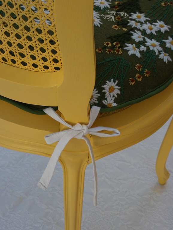daisy chair 031