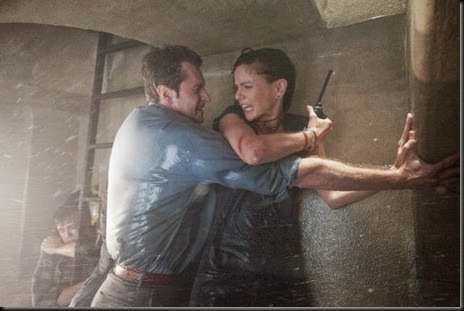 into the storm image3