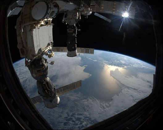 Earth-from-the-ISS-photos-by-Astronaut-Ron-Garan-0007-960x636