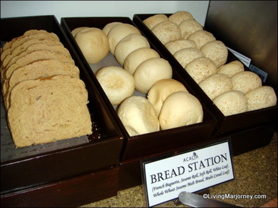Acaci's Bread Station