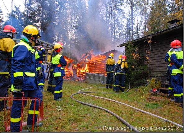 24H palomiehenä ulkorakennuksen polttaminen 291