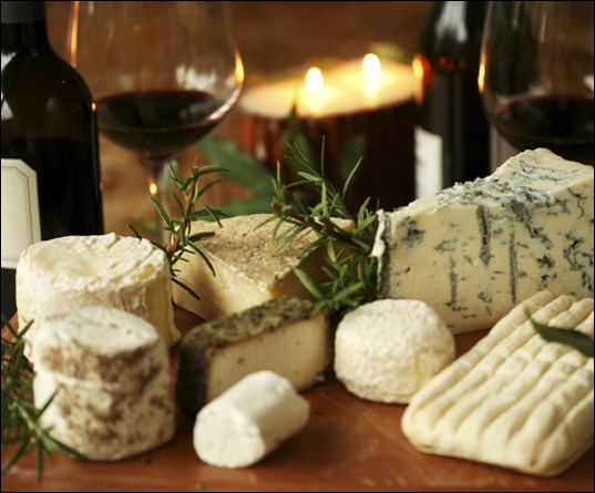 69291480_1295120636_wine_and_cheese_medi
