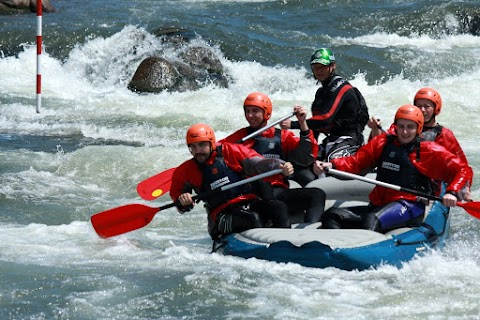 ... rafting ...