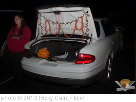 'Monroe Lodge 27 Trunk Or Treat (2 of 18)' photo (c) 2013, Ricky Cain - license: http://creativecommons.org/licenses/by-sa/2.0/