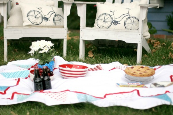 DIY bunting tablecloth tutorial by Seasons Gredings