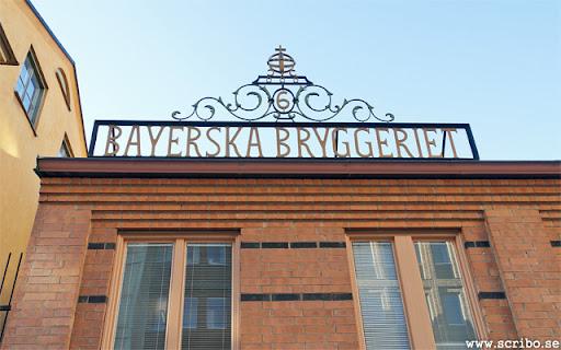 Bayerska bryggeriet gamla grind uppe på taket av Stadsarkivet