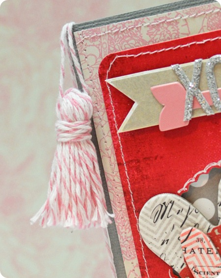 xoxo-tassel-card-detail2