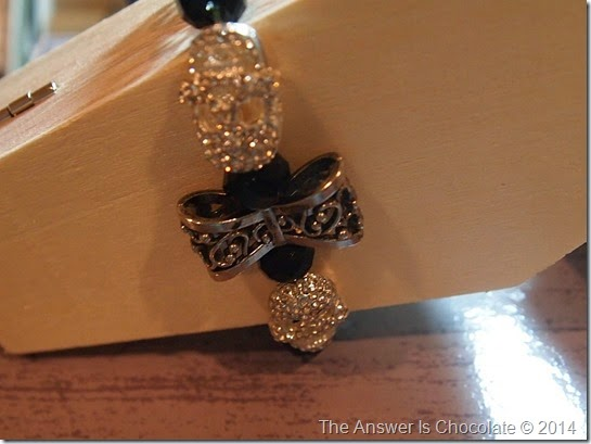 Bow and Skull Bracelet