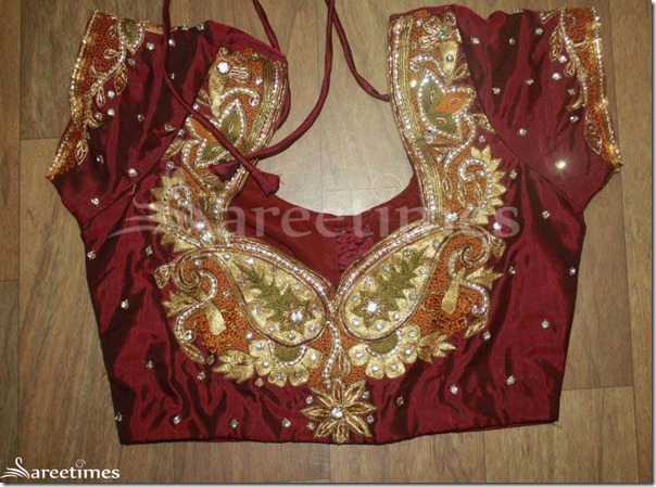 Maroon_Embroidery_Saree_Blouse