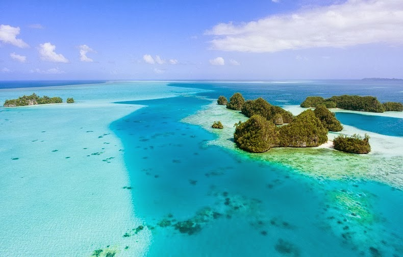 rock-islands-palau-11