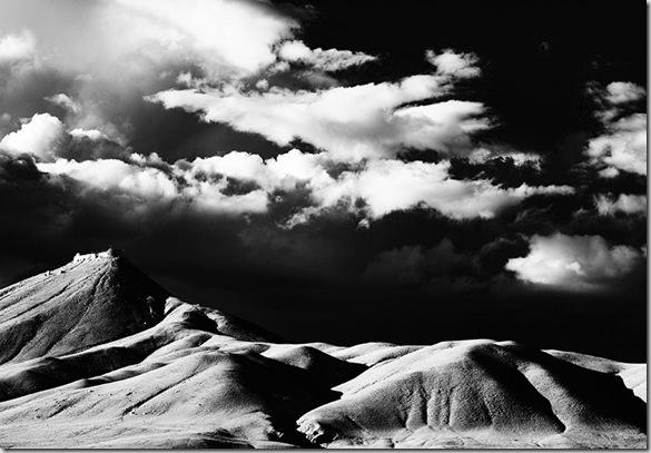 © Luigi Fieni – Sunset Brushstrokes- Hahnemuehle PhotoRag 308 g - Lomanthang, Mustang, Nepal - 2009