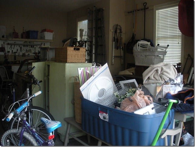 store and garage 008