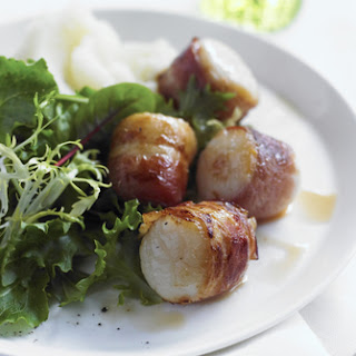 Easy Bacon-Wrapped Scallops