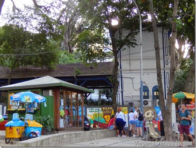 Praça da estação de Trem do Corcovado no Cosme Velho