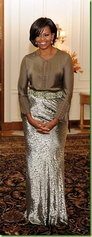michelle-obama-rachel-roy-dune-velvet-skirt-sable-morrocan-tunic-india-state-dinner