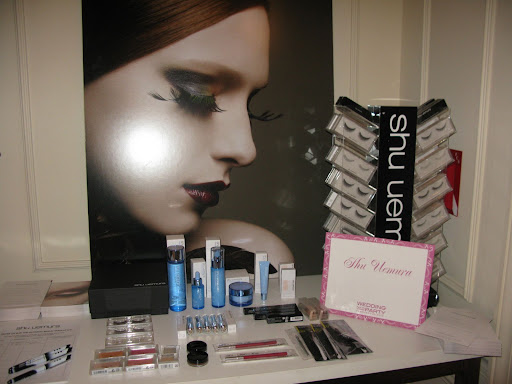 Shu Uemura eyelashes were applied to guests who wanted to get glammed up.