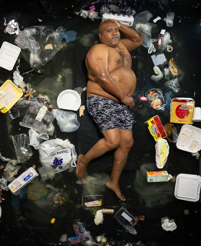 7-days-of-garbage-1