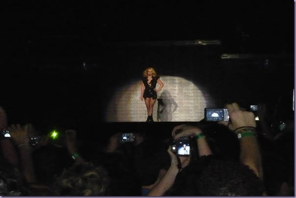 Till-The-World-Ends-Britney-Spears-Femme-Fatale-Tour-São-Paulo