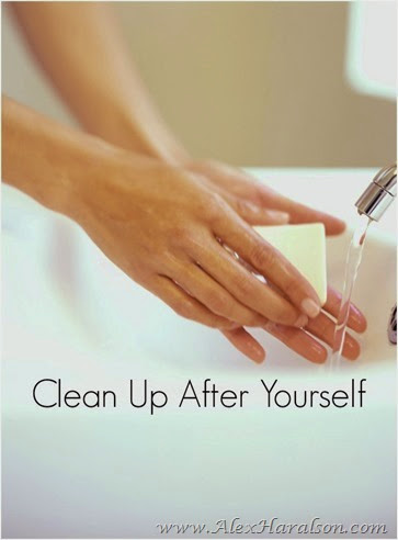 how_to_be_good_holiday_house_guest_clean_up