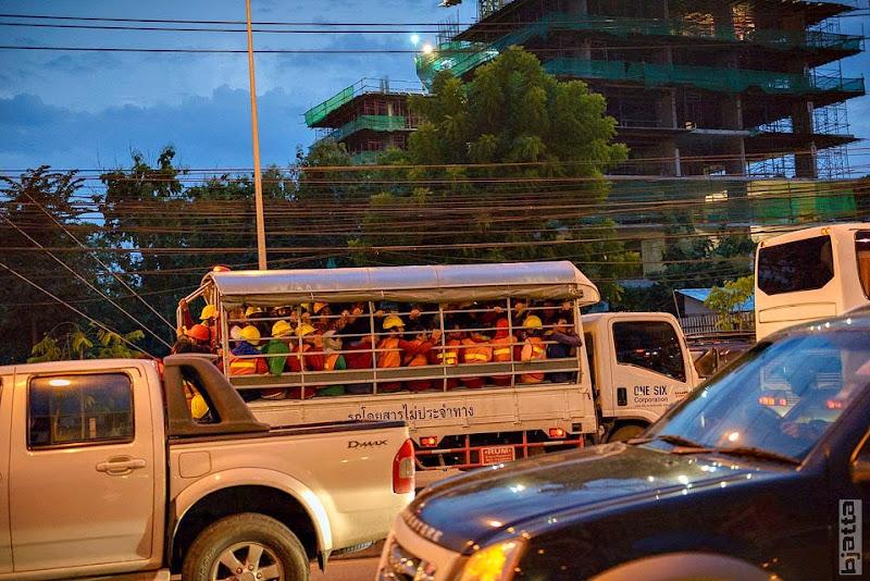 2557_Thailand_Pattaya_Jomtien_transport_tuk_tuk_tuck_tuck_taxi-50