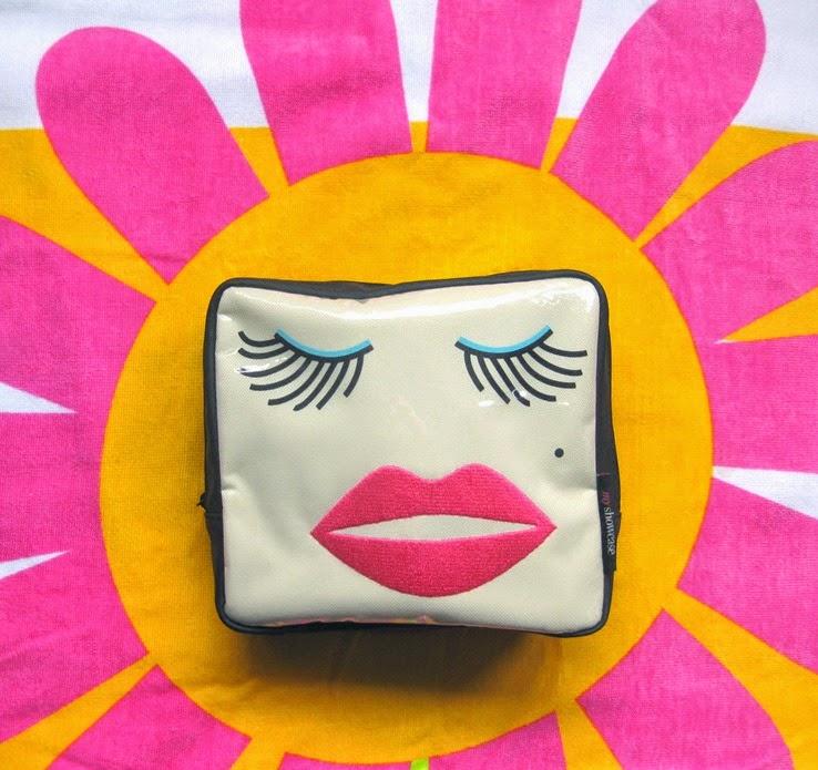 Delores-Travel-Beauty-Bag (2)